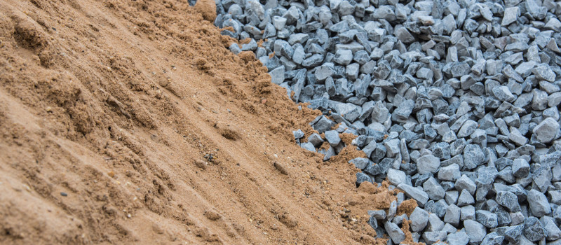 Landscaping Tips: Best Uses for Sand and Gravel